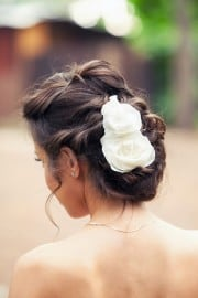 2017_top_bridal_hairstyles_trends_1